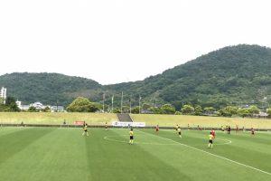 皇杯全日本サッカー選手権大会の1回戦が香川県総合運動公園(生島メイン)写真