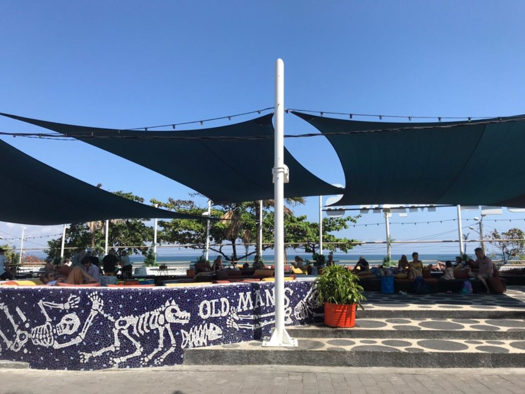 バリ島チャンチャングーのカフェOLD MAN'S(オールドマンズ)画像