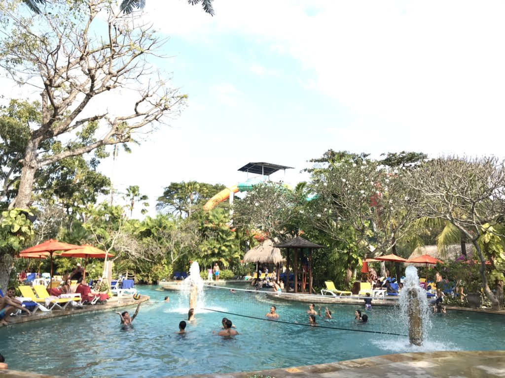 バリ島 クタのハードロックホテル バリ(Hard Rock Hotel Bali)のプール