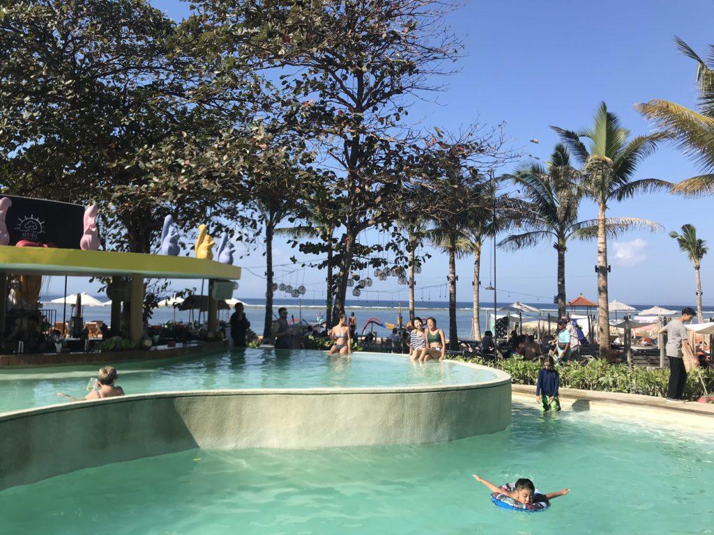 アートテル ビーチクラブのプール(ARTOTEL Beach Club)のプール